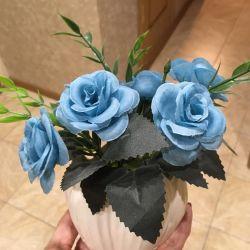Τεχνητό μπουκέτο μπλε τριαντάφυλλα