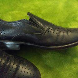Pantofi de piele de dimensiune 35