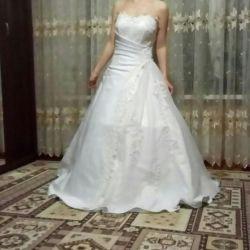 Φόρεμα νυφικό λευκό σατέν