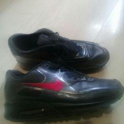 Spor ayakkabı orijinal