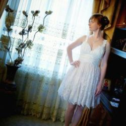Short handmade wedding dress