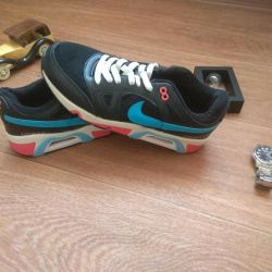 Ανδρικά πάνινα παπούτσια για νέους