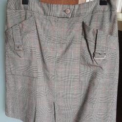 Skirt. Italy.