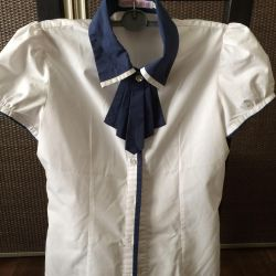 Блузки школьные от 250 руб.