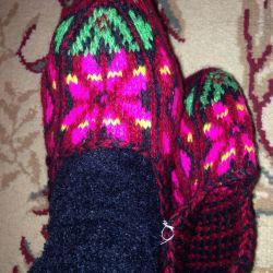 Woolen slippers