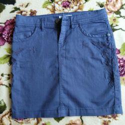 Γυναικεία φούστα μεγέθους S