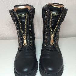 Women's boots 36 size