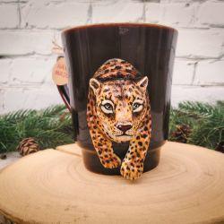 Leopard. Polymer clay mug decor
