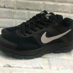 Sneakers Pegasi 30