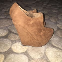 Suede boots 35-36 size