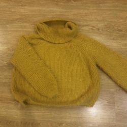 Ζεστό πουλόβερ από την Αγκόλα