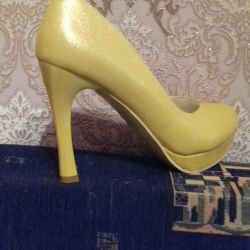 Shoes new 40