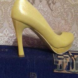 Παπούτσια νέα 40