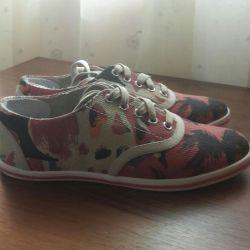 Maxco çizmeler / spor ayakkabı orijinal