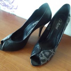 Shoes 39 size Italy new