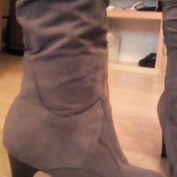 Υπερβολικές μπότες 40-41 μεγέθη. Η ανταλλαγή είναι δυνατή