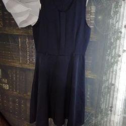 Rochie de școală, albastru p. 140.