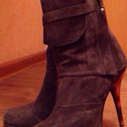 Ankle boots 39 size.