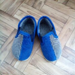 Slippers p11