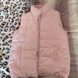Дутый жилет нежно-розового цвета