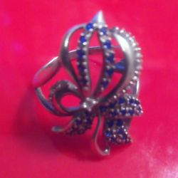 Κομψό, ασημένιο δαχτυλίδι με κυβικά ζιρκονία