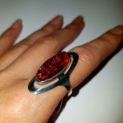 Кольцо с янтарем. Серебро 925 проба