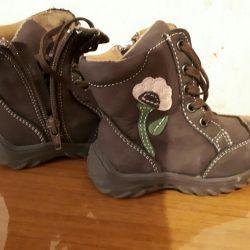 Μπότες για κορίτσια το φθινόπωρο