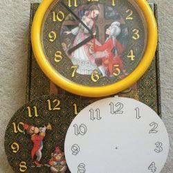 Часы настенные в детскую. Новые!