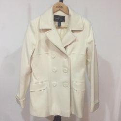 Moda Uluslararası Kırpılmış Ceket