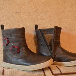 Demi-season boots, 27r.