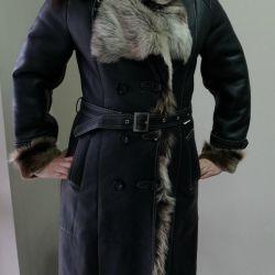 Νέο παλτό από δέρμα προβάτου