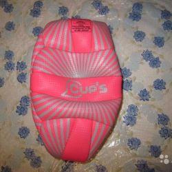 Новый волейбольный мяч