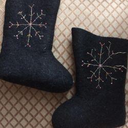 Scooter black felt boots