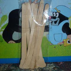 Wooden trowel for depilation