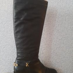 Boots genuine leather!