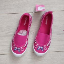 New shoes for girls