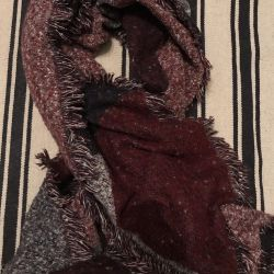Scarf Blanket O'stin