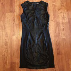 Μικρό μαύρο φόρεμα