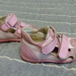 Totto sandals, size 20.