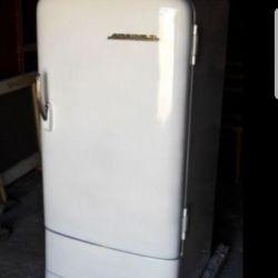 SSCB Dinyeper Buzdolabı