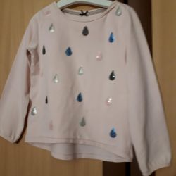 Sweatshirt with droplets