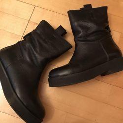 Women's shoes size 37