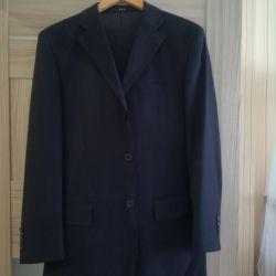 Продам чоловічий костюм купували в Італії
