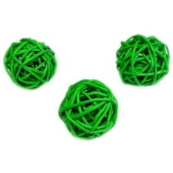 Balls made of rattan (for topiary and Christmas trees)