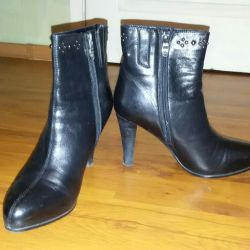 Winter ankle boots 39