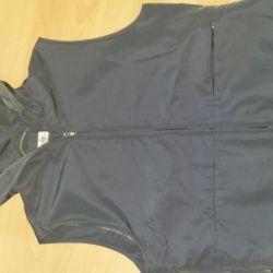 Thin vest. Size 48