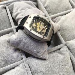 Ανδρικά ρολόγια στην αποθήκη!