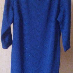 Синее платье,в реале красивое р.50,распродаю одежд