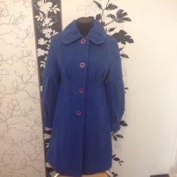 Пальто женское 46 размера