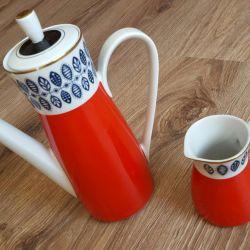 Teapot coffee pot milk jug porcelain